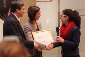 Laura Boldrini e Lorenzo Tagliaferri premiano Elena Maria Scopelliti, PrendoPosta.it