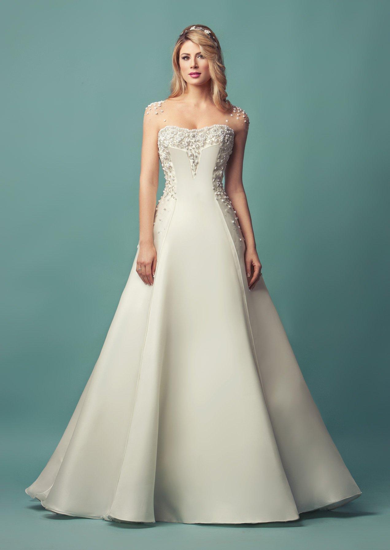 Romantici ed esclusivi  gli abiti della nuova collezione Glen Spose ... 7305e0f4a39